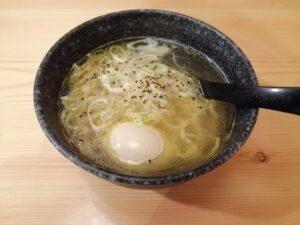 鳥貴族(鶏塩煮玉子ラーメン)